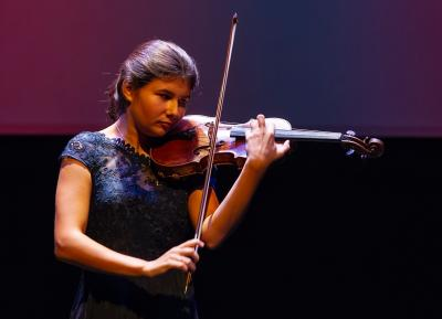 Concert in the Dreamforest by Iris van Nuland (violin)